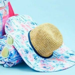 Lilly Pulitzer Floppy Beach Hat in Crew Blue Tint